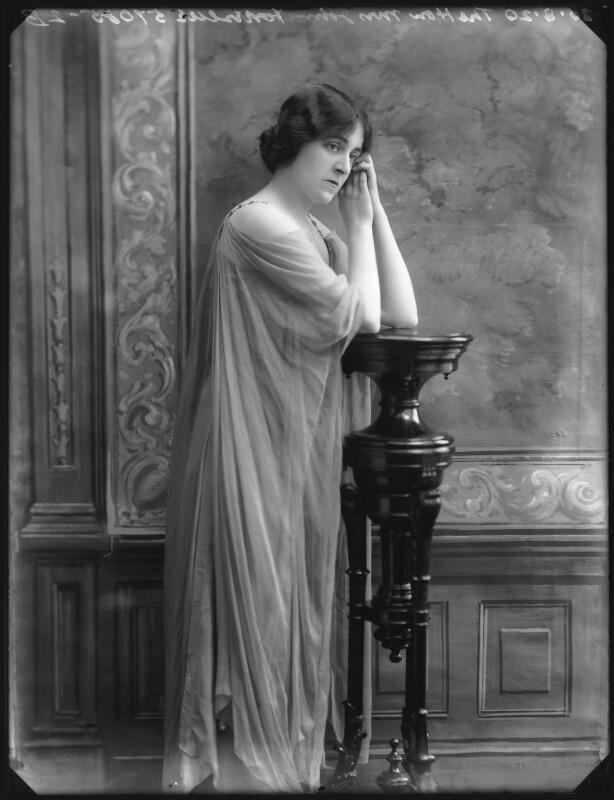 Winifred-ne-Beech-Lady-Fortescue-2